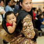 baby-wearing-native