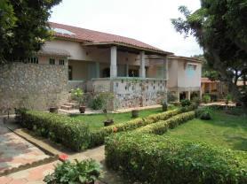 ouidah backyard
